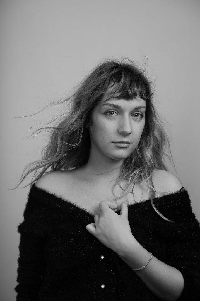 Marysia-Nikitiouk-Aurelie-Lamachere-portrait-photography